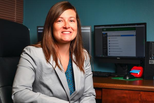 UNT professor examines student literacy improvement from technology use in the classroom and at home